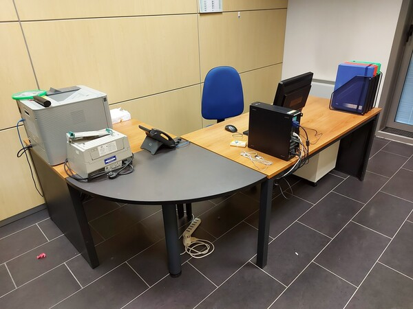 25#5813 Arredi e attrezzature da ufficio in vendita - foto 38