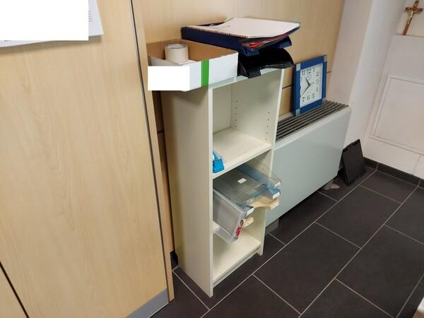 25#5813 Arredi e attrezzature da ufficio in vendita - foto 53