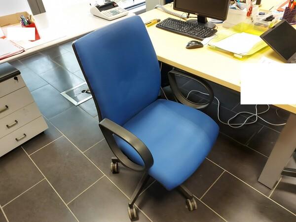 25#5813 Arredi e attrezzature da ufficio in vendita - foto 54