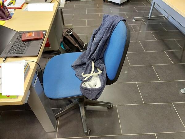 25#5813 Arredi e attrezzature da ufficio in vendita - foto 55