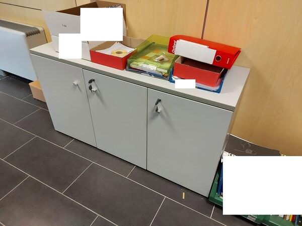 25#5813 Arredi e attrezzature da ufficio in vendita - foto 68