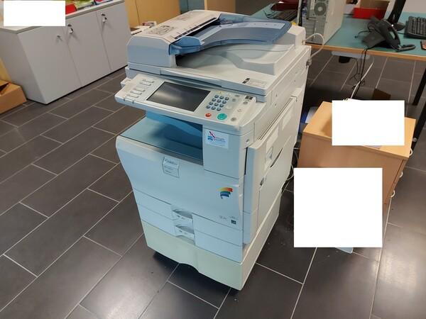 25#5813 Arredi e attrezzature da ufficio in vendita - foto 72