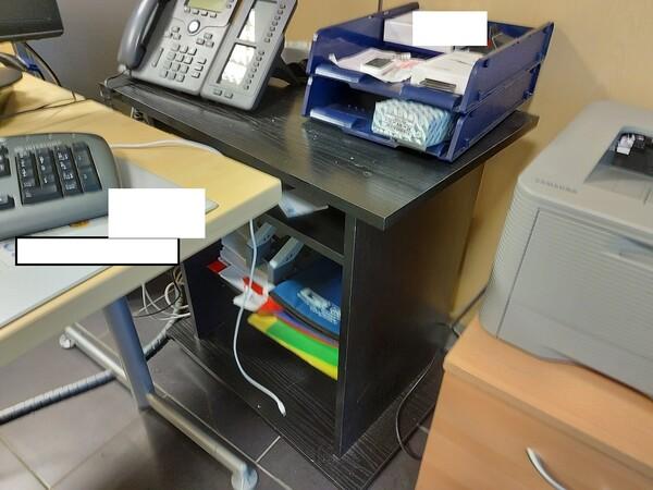 25#5813 Arredi e attrezzature da ufficio in vendita - foto 78