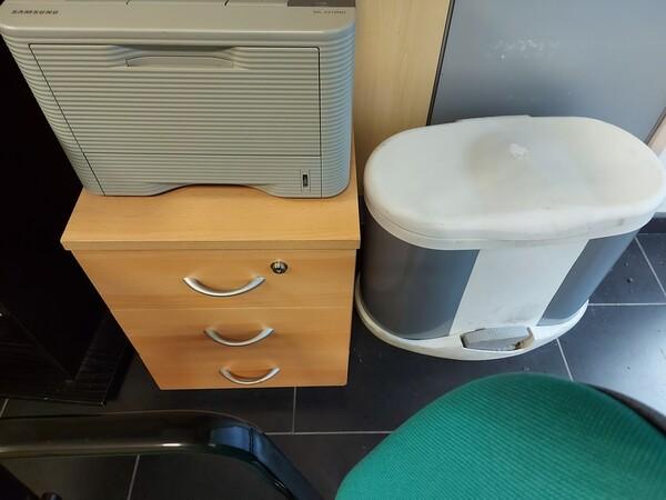 25#5813 Arredi e attrezzature da ufficio in vendita - foto 79