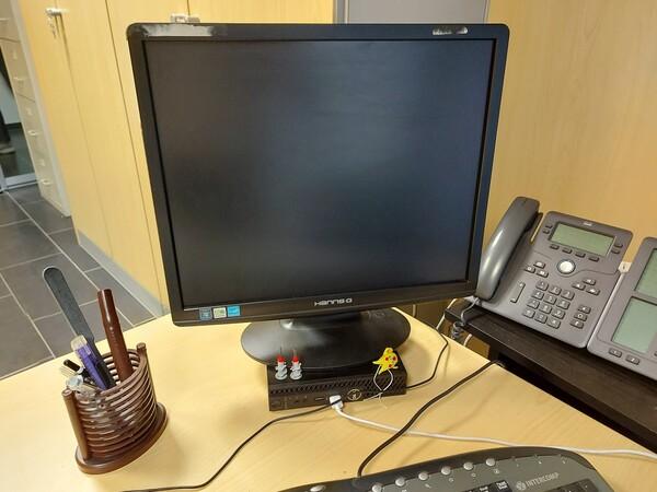 25#5813 Arredi e attrezzature da ufficio in vendita - foto 80