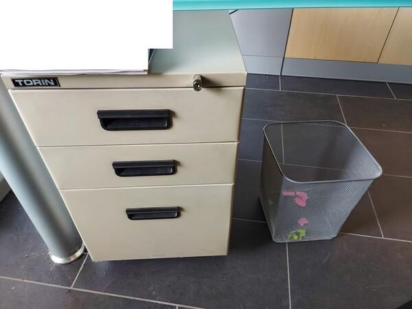 25#5813 Arredi e attrezzature da ufficio in vendita - foto 89