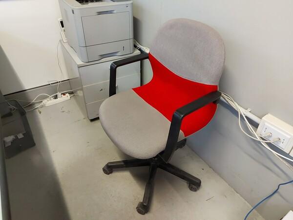 25#5813 Arredi e attrezzature da ufficio in vendita - foto 124
