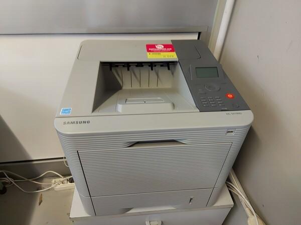25#5813 Arredi e attrezzature da ufficio in vendita - foto 130