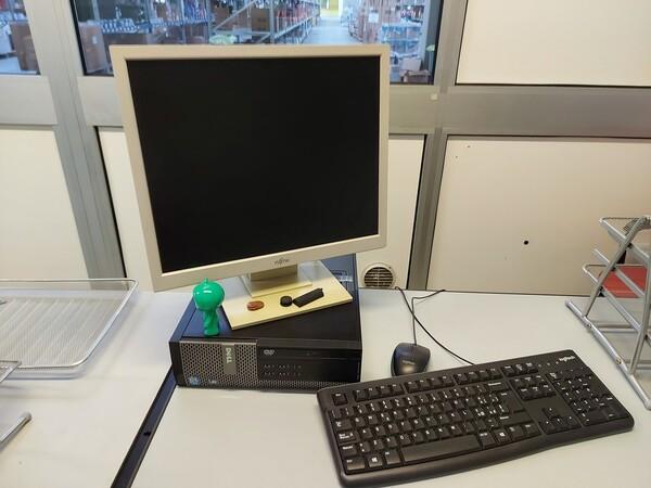 25#5813 Arredi e attrezzature da ufficio in vendita - foto 132