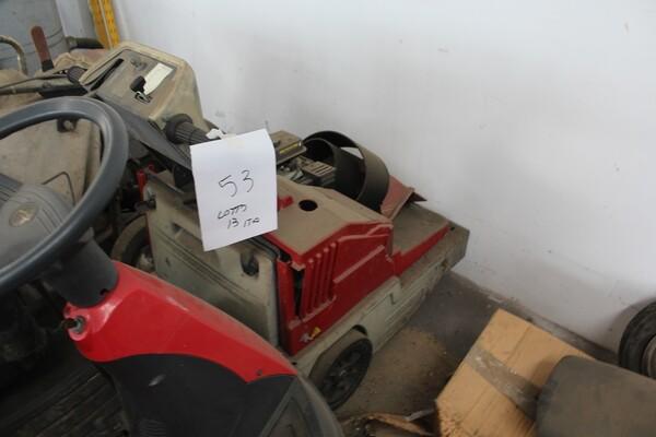 13#5817 Trattorino tosaerba GGP Italy e spazzatrice KPR in vendita - foto 5