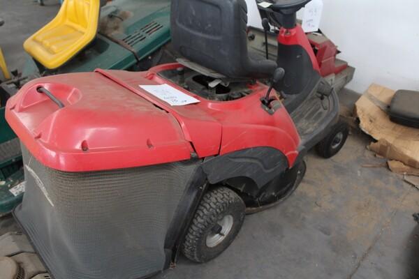 13#5817 Trattorino tosaerba GGP Italy e spazzatrice KPR in vendita - foto 6