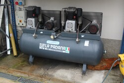 La Padana compressor and compressed air system - Lot 21 (Auction 5817)