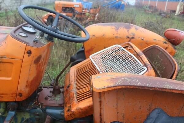 35#5817 Trattori agricoli Fiat e Nibbi in vendita - foto 2