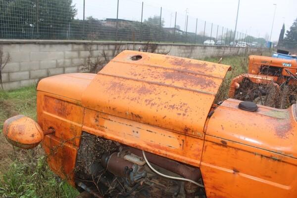 35#5817 Trattori agricoli Fiat e Nibbi in vendita - foto 4