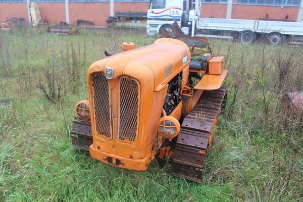 35#5817 Trattori agricoli Fiat e Nibbi in vendita - foto 10