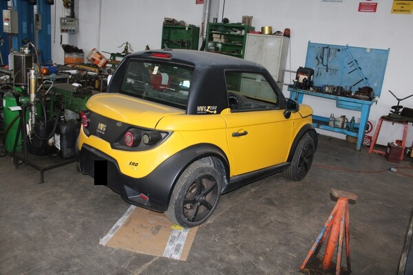 38#5817 Autovettura elettrica Tazzari in vendita - foto 2