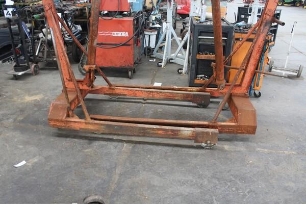 7#5817 Sega a nastro Pedrazzoli e pressa idraulica Omcn in vendita - foto 11
