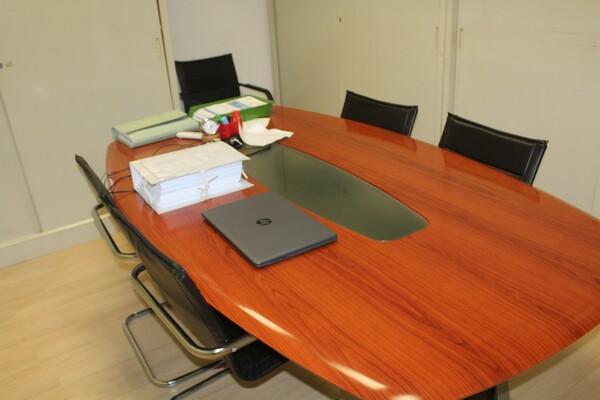 18#5820 Arredamento e attrezzature da ufficio in vendita - foto 1