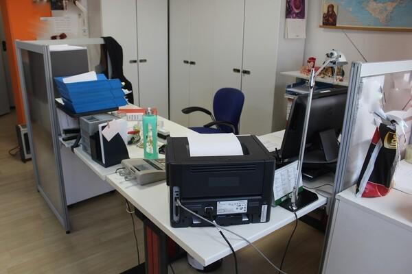 20#5820 Arredamento e attrezzature da ufficio in vendita - foto 10