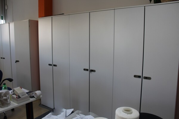 20#5820 Arredamento e attrezzature da ufficio in vendita - foto 11