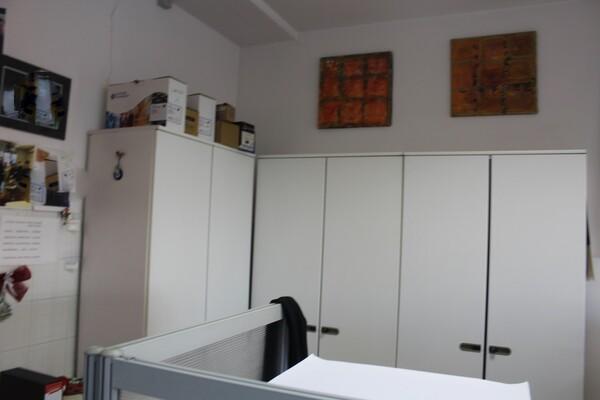 20#5820 Arredamento e attrezzature da ufficio in vendita - foto 13