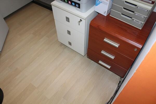 20#5820 Arredamento e attrezzature da ufficio in vendita - foto 19