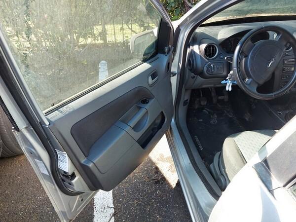 2#5822 Automobile Ford Wag Fiesta in vendita - foto 7