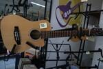 Immagine 28 - Chitarre acustiche - Lotto 1 (Asta 5826)