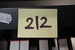 Immagine 4 - Pianoforti digitali e accessori - Lotto 10 (Asta 5826)