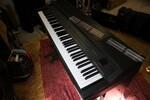 Immagine 16 - Pianoforti digitali e accessori - Lotto 10 (Asta 5826)