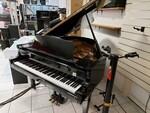 Immagine 1 - Pianoforte mezzacoda Young Chan - Lotto 21 (Asta 5826)