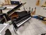 Immagine 3 - Pianoforte mezzacoda Young Chan - Lotto 21 (Asta 5826)
