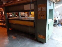 Steton hot press and L iInvincibile Scm tenos squaring machine - Lot 0 (Auction 5827)