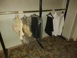 Immagine 29 - Abbigliamento ed accessori per cerimonia - Lotto 2 (Asta 5828)