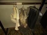 Immagine 30 - Abbigliamento ed accessori per cerimonia - Lotto 2 (Asta 5828)