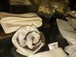 Immagine 90 - Abbigliamento ed accessori per cerimonia - Lotto 2 (Asta 5828)