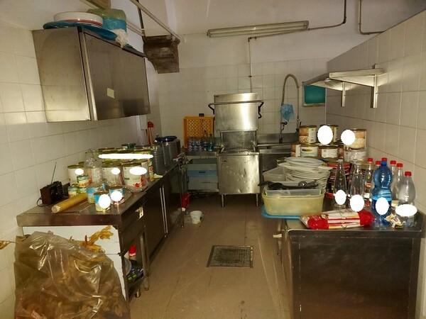 1#5829 Arredi e attrezzature per la ristorazione in vendita - foto 55