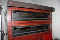 Pizza oven Tornanti Ovens - Lot 12 (Auction 5832)