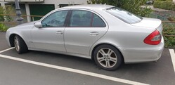Mercedes E320CD car - Lot 2 (Auction 5833)