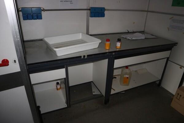 203#5836 Strumenti e arredi per laboratorio in vendita - foto 7