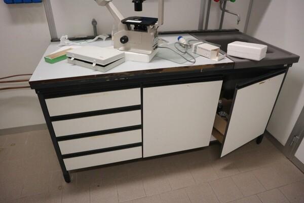 203#5836 Strumenti e arredi per laboratorio in vendita - foto 17
