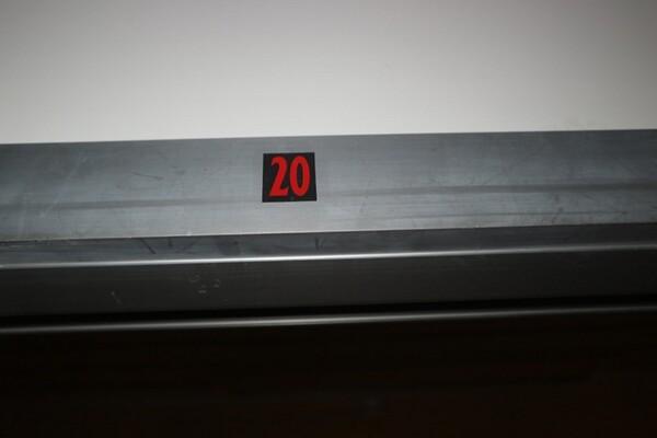203#5836 Strumenti e arredi per laboratorio in vendita - foto 33