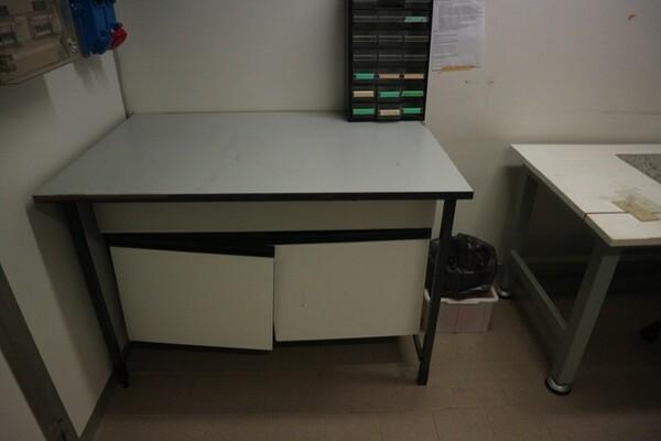 203#5836 Strumenti e arredi per laboratorio in vendita - foto 42