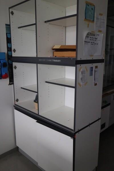 203#5836 Strumenti e arredi per laboratorio in vendita - foto 60