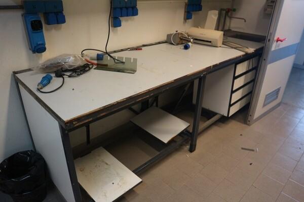 203#5836 Strumenti e arredi per laboratorio in vendita - foto 66