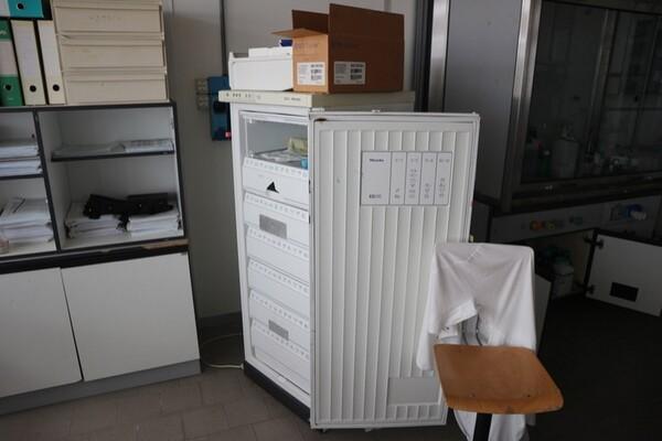 203#5836 Strumenti e arredi per laboratorio in vendita - foto 76