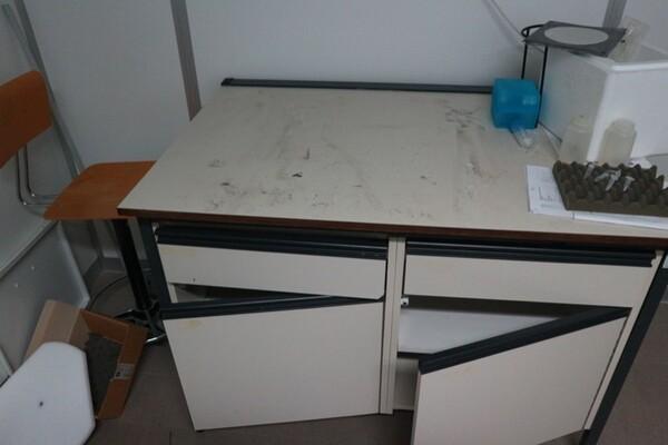 203#5836 Strumenti e arredi per laboratorio in vendita - foto 82
