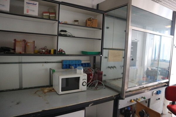 203#5836 Strumenti e arredi per laboratorio in vendita - foto 93