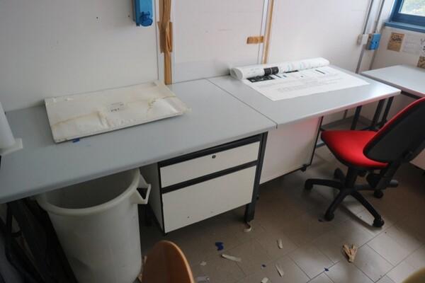 203#5836 Strumenti e arredi per laboratorio in vendita - foto 97