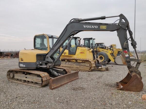 5#5845 Escavatore Volvo ECR88 in vendita - foto 2